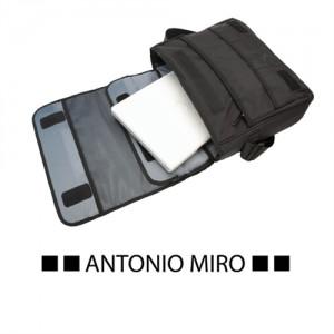 MALETIN KRIVE -ANTONIO MIRO-