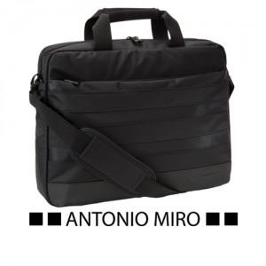 MALETIN NESTOR -ANTONIO MIRO-