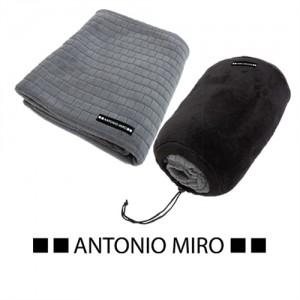 MANTA NEPTUN -ANTONIO MIRO-
